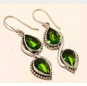 Jewelry - Green peridot gemstone earrings